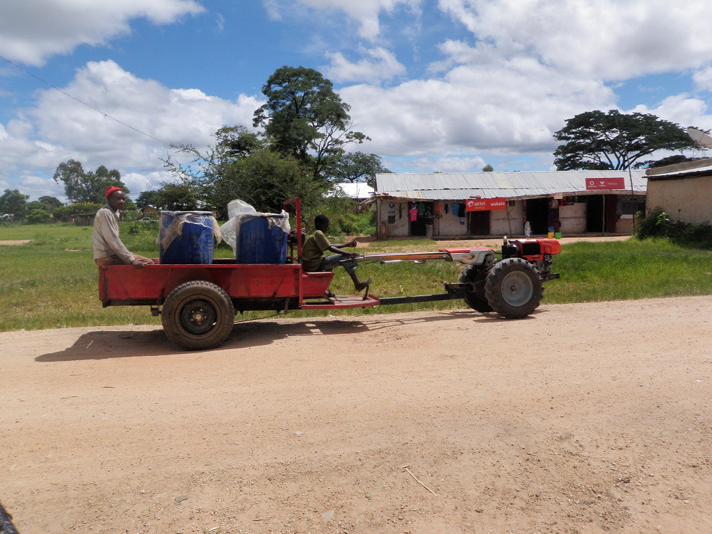 Water delivery cart in action