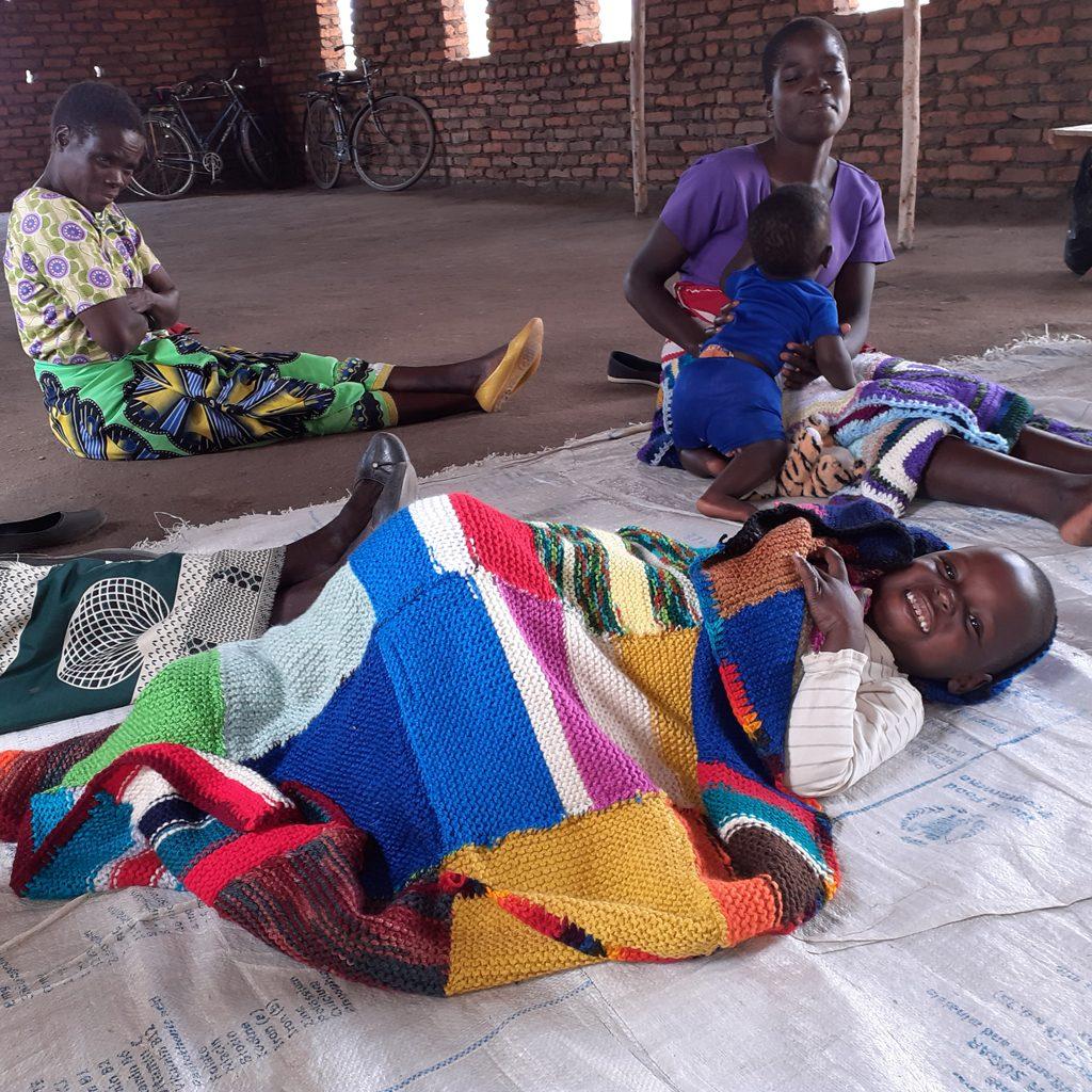01 A cozy blanket Malawi